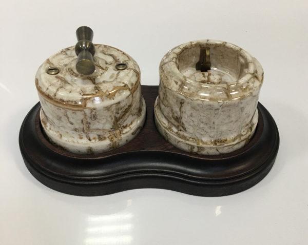 Ретро выключатель и ретро розетка Линдас мрамор в двойной рамке